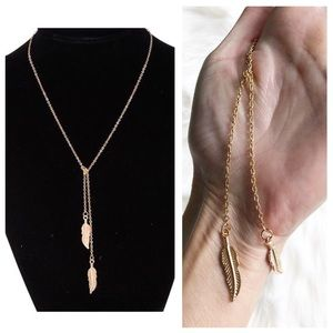 Jewelry - Brand new gold leaf or feather necklace 2 strands